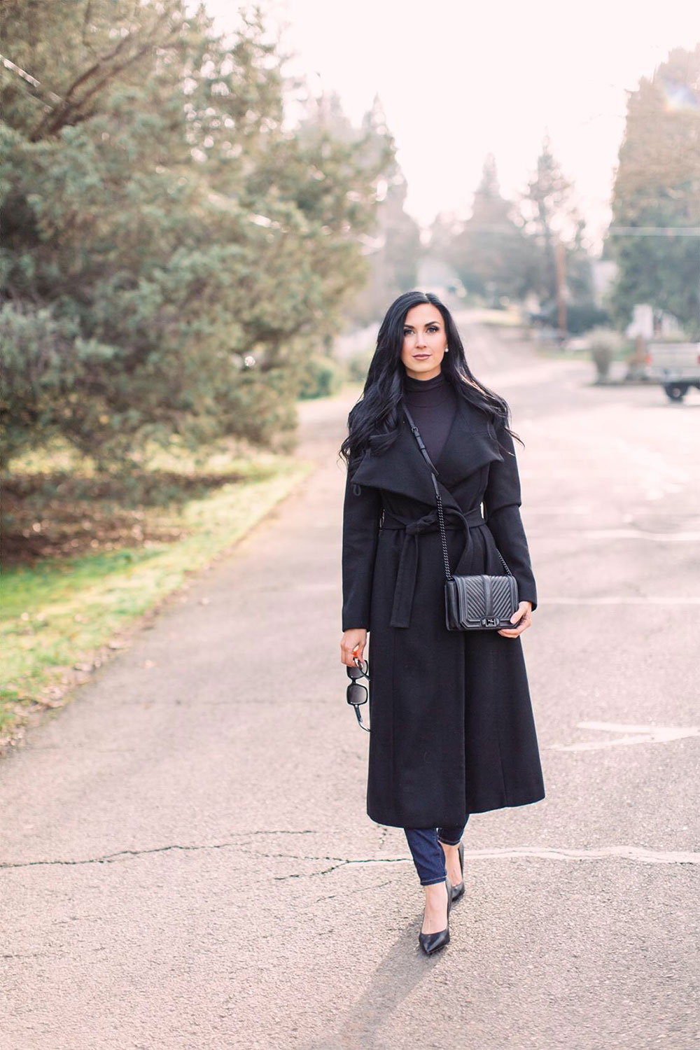 Pretty-Pure-Black-Trench-Winter4