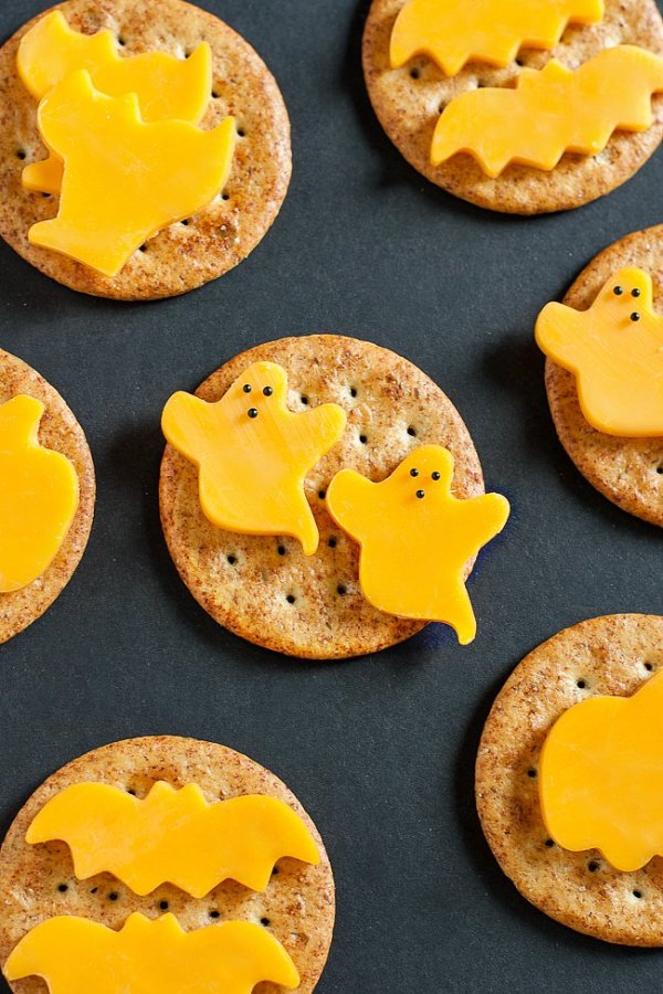 Crackers and Cheese Halloween Finger Food