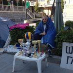 Micanović vidno iscrpljen ne odustaje od štrajka, građani najavljuju skup podrške