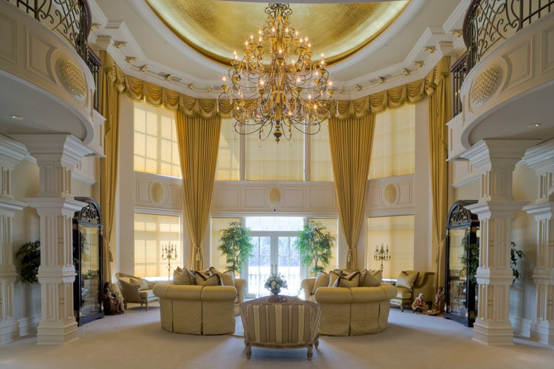 Grand Living Room Pricey Pads