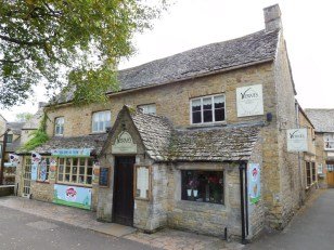 Bourton-on-the-Water_014