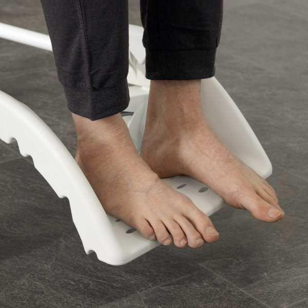Etac-Clean-foot-support-feet
