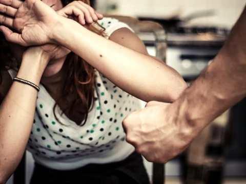 violenza sulla moglie