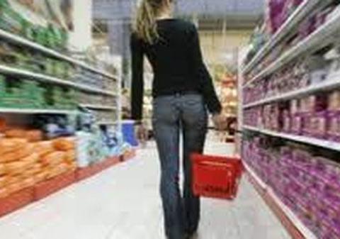 Cronaca Caltanissetta, ragazza ruba al supermercato