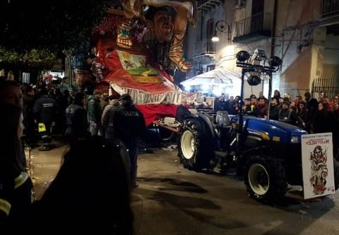 Carnevale di Sciacca bambino morto schiacciato sotto un carro