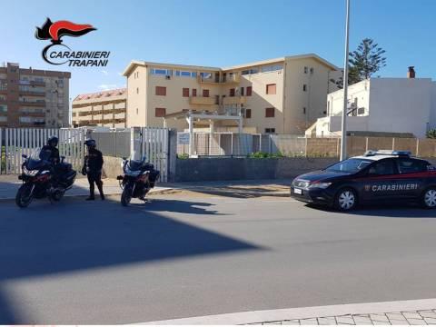 CRONACA TRAPANI - Tre misure cautelari, sindaco di Erice nei guai