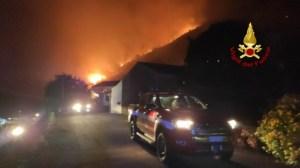 incendio a Trecastagni