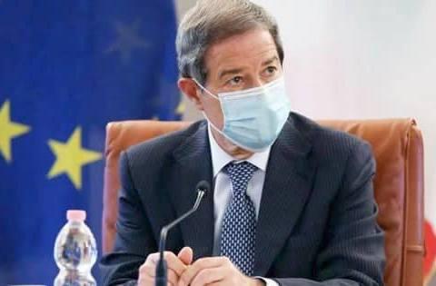 Chiusure Sicilia, Musumeci, Preoccupati, anticipiamo restrizioni più dure. Ecco quanto richiesto al ministro della Salute, Roberto Speranza.
