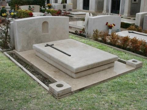 Granieri, finalmente via libera al cimitero (convenzione siglata nel 2008). I lavori potrebbero iniziare a settembre.