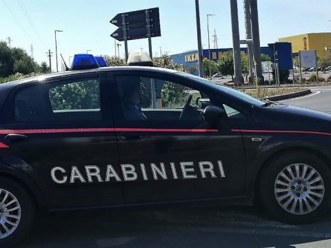 carabinieri Ikea Catania