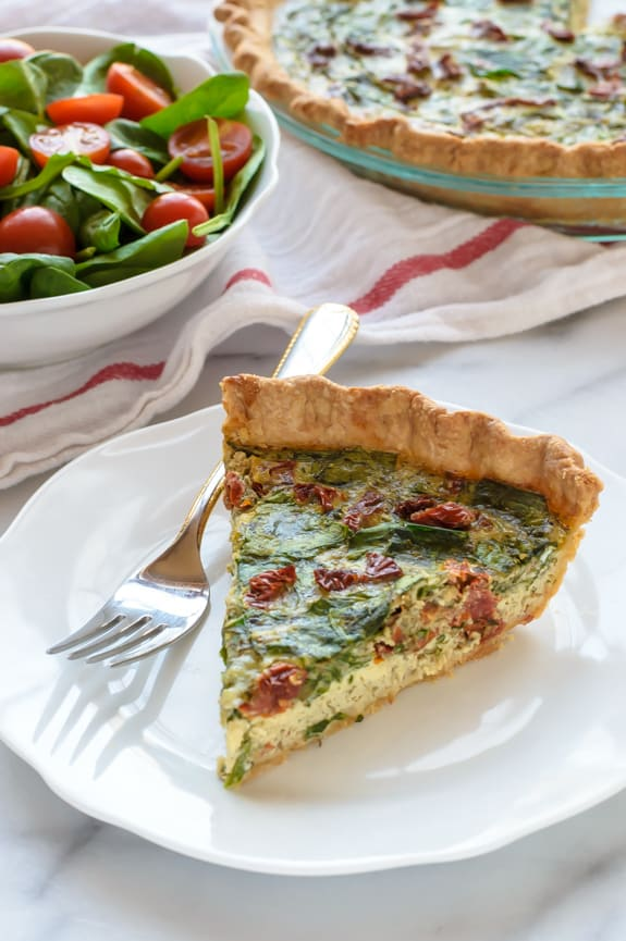 Pesto Quiche with Sun-dried Tomatoes and Parmesan Beautiful healthy summer recipe