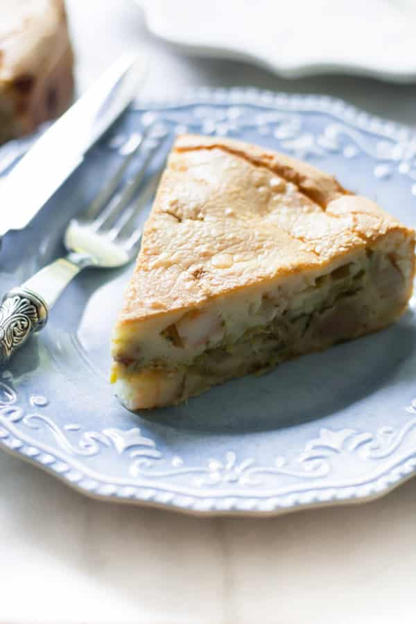 Brazilian Shrimp Pie - This traditional Brazilian shrimp pie recipe is simple, healthy and most importantly delicious. You won't believe how easy is to make the dough!