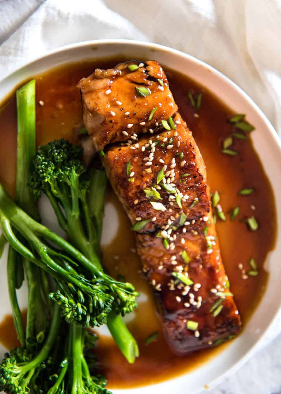 overhead view of salmon in a white bowl
