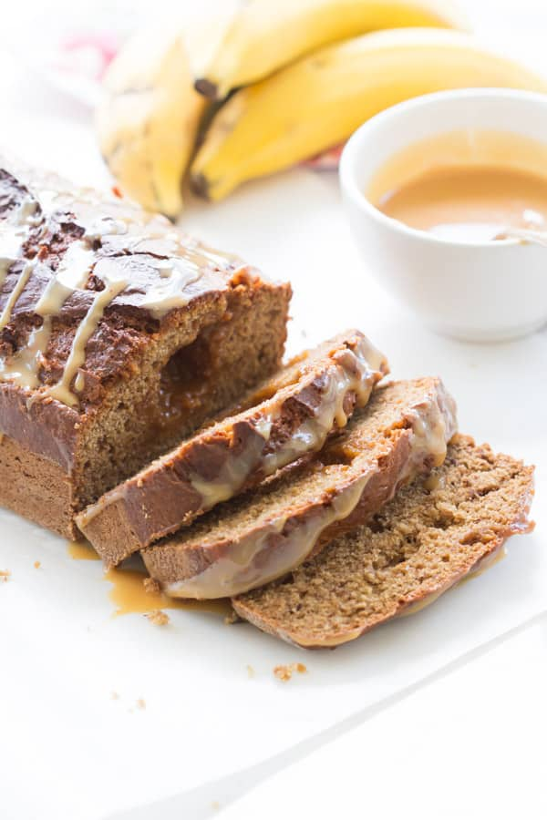 Dulce de Leche Banana Bread - The dulce de leche is swirled in a classic banana bread recipe, making it even more flavourful and irresistible. This is an amazing recipe with only few ingredients!