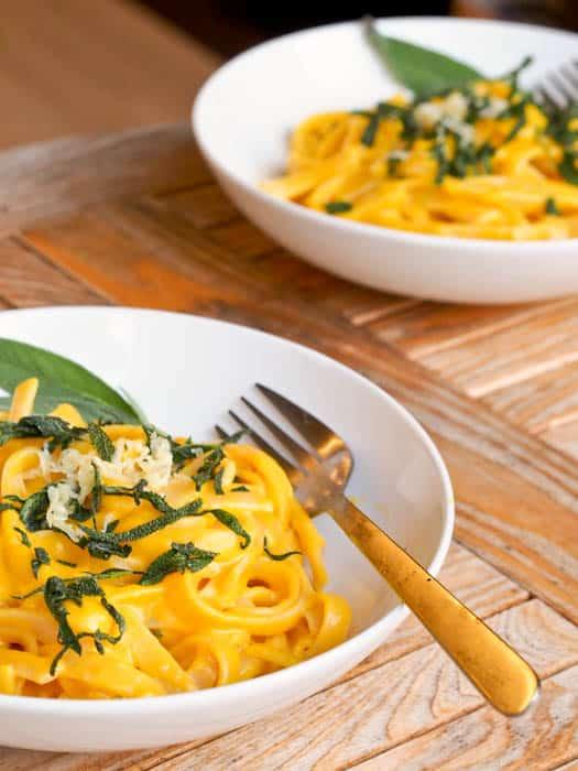 vegan-creamy-pumpkin-pasta-with-sage-recipe
