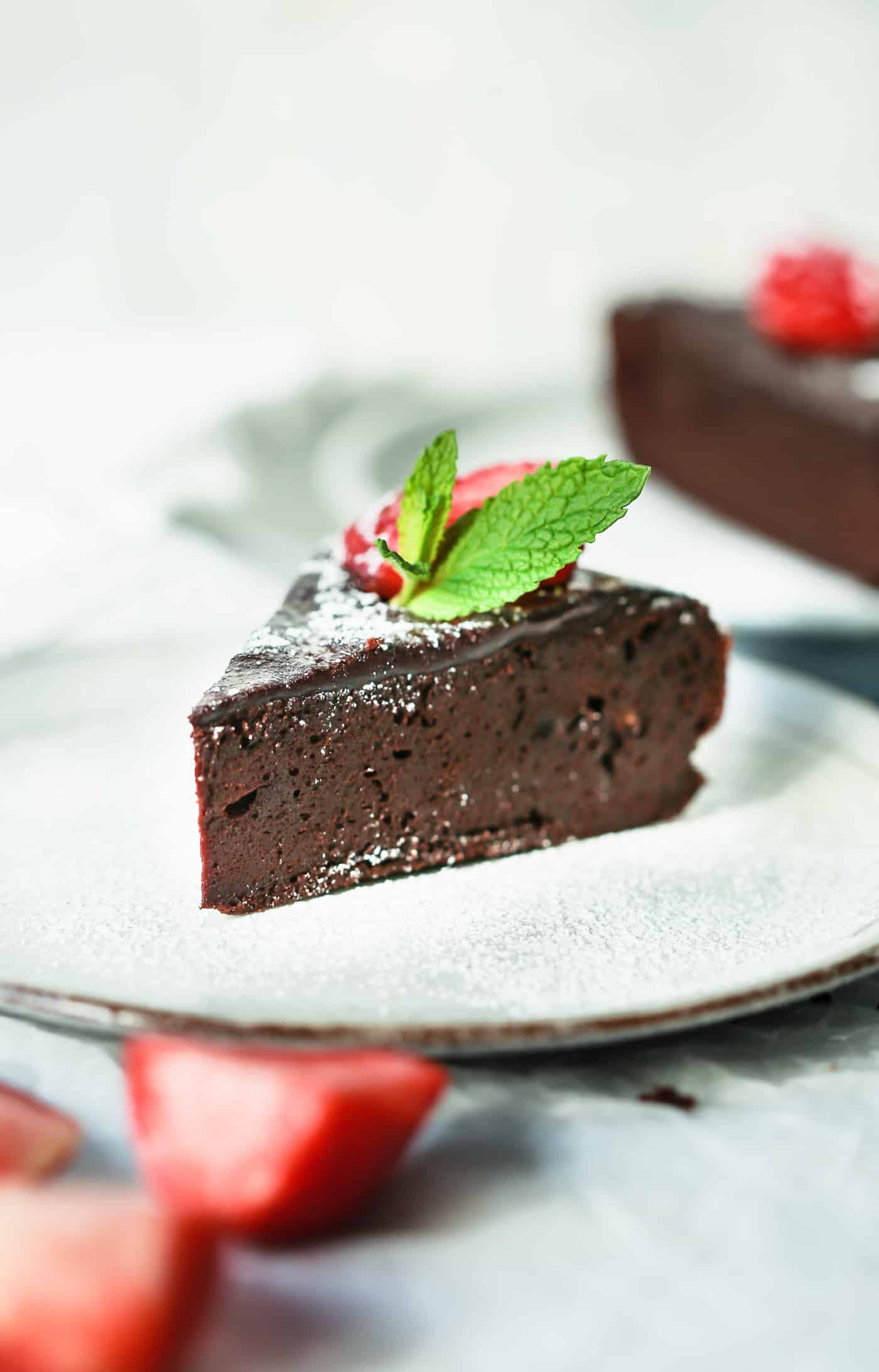 Paleo Flourless Chocolate Torte