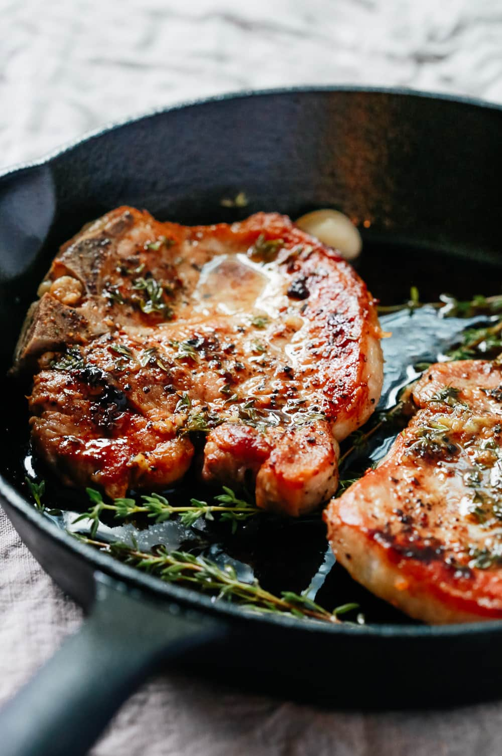 Garlic Butter Baked Pork Chops Super Easy To Make