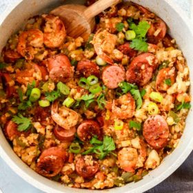 pot of whole30 jambalaya