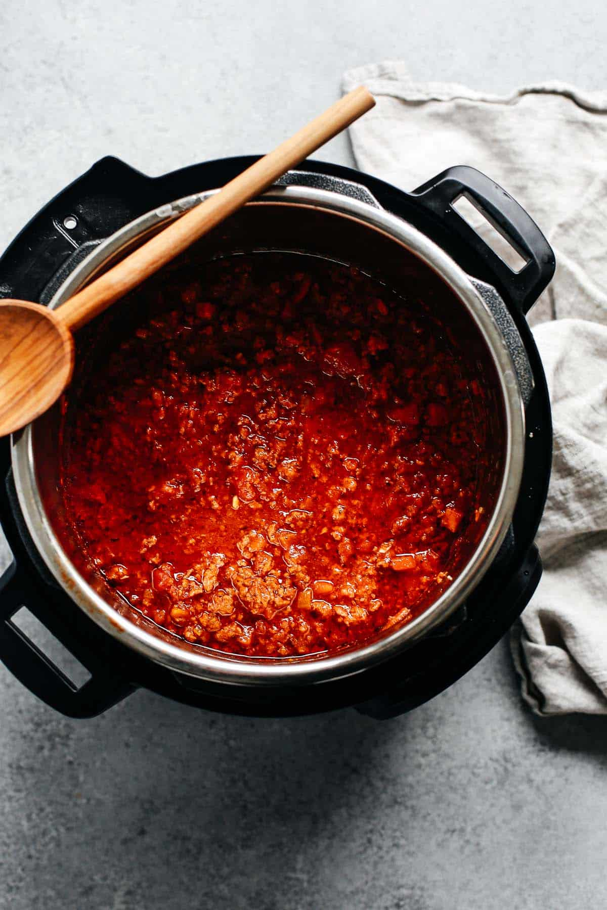 instant pot meat sauce (in an electric pressure cooker)