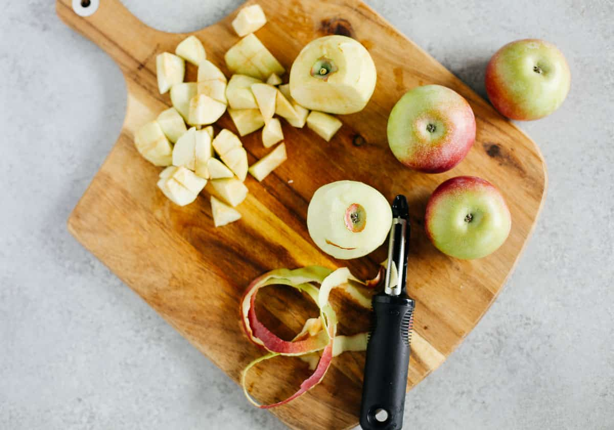 peeling and dicing apples for slow cooker applesauce
