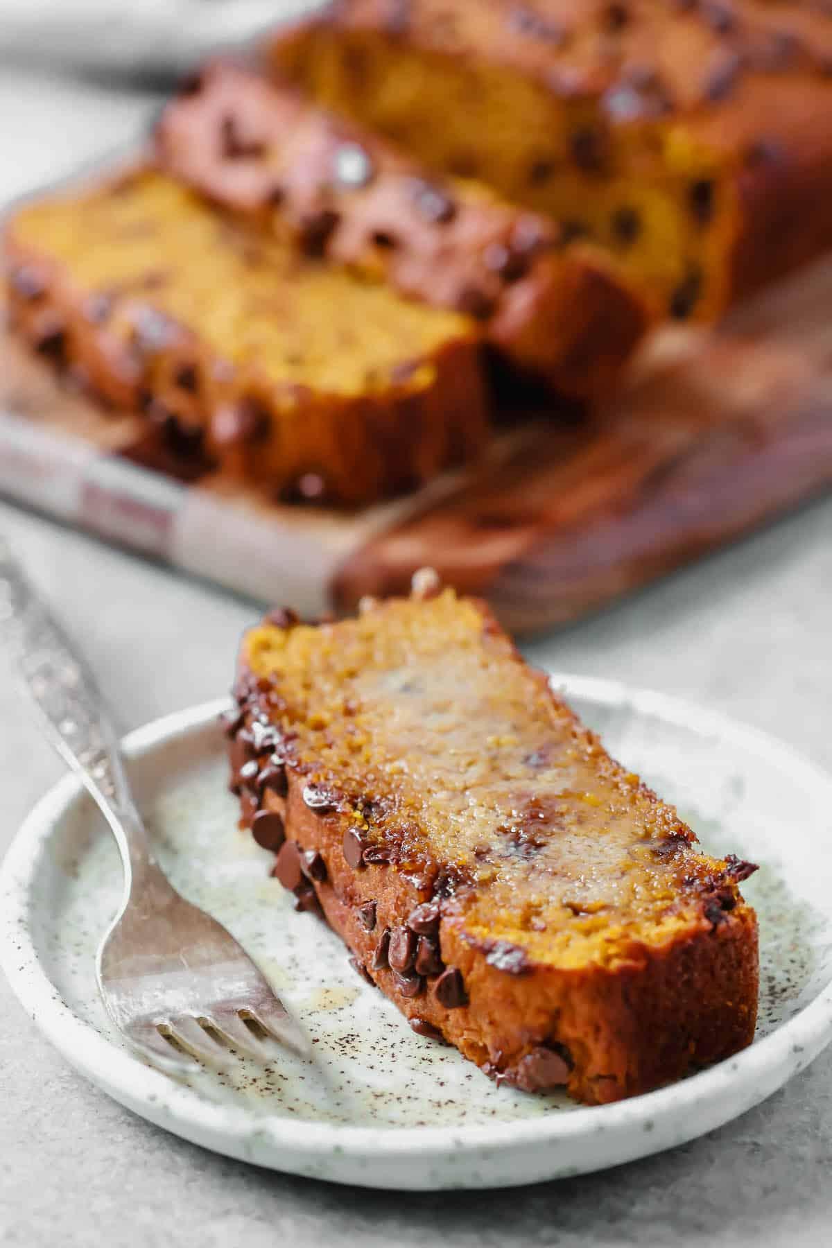 slice of healthy pumpkin chocolate chip bread