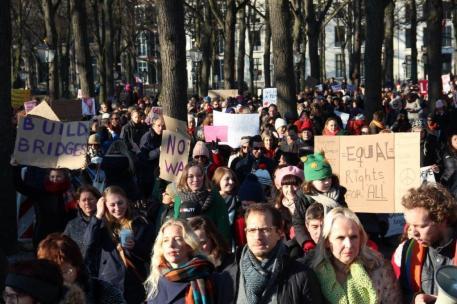 vrouwen demo den haag 039