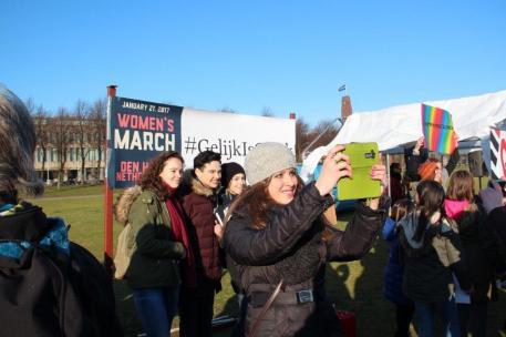 vrouwen demo den haag 042