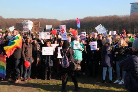 vrouwen demo den haag 069
