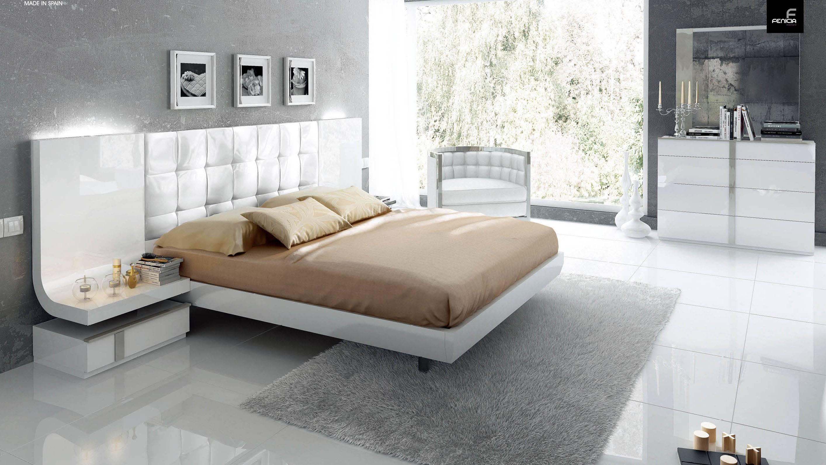 Stylish Wood Elite Modern Bedroom Set With Extra Storage