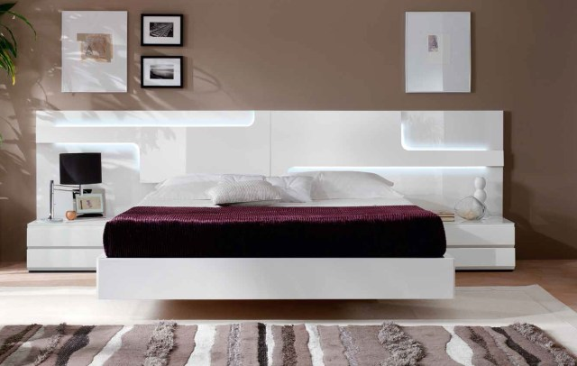 Lacquered Made in Spain Wood Platform and Headboard Bed ...
