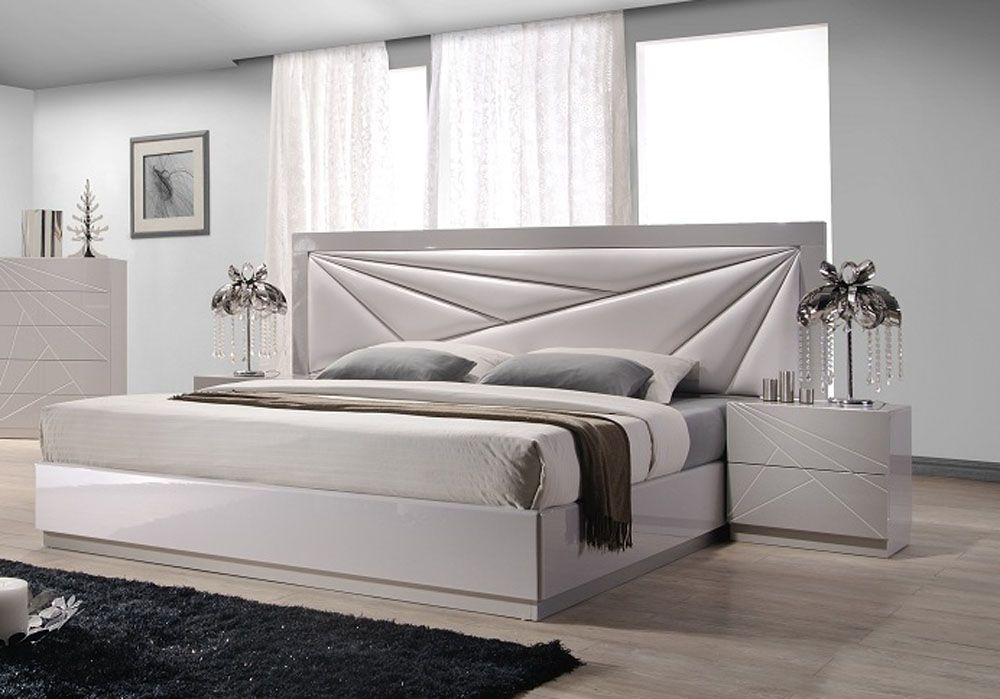 Lacquered Leather Modern Platform Bed With Extra Storage