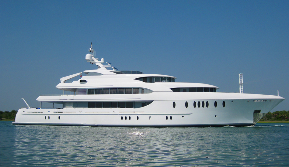 Benefits Of Renting Luxury Yacht Charters In Miami Beach
