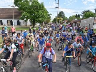 Bicicleteada en Ituzaingó
