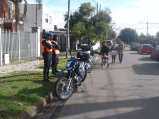 Motos policiales en Ituzaingó