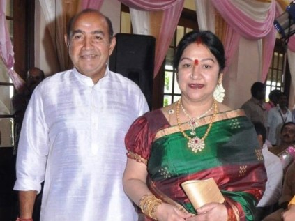 Arun Vijay His Father And Step Mother