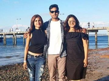 Divya Chouksey With Her Sister And Brother