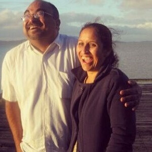 Ish Sodhi His Father And Mother