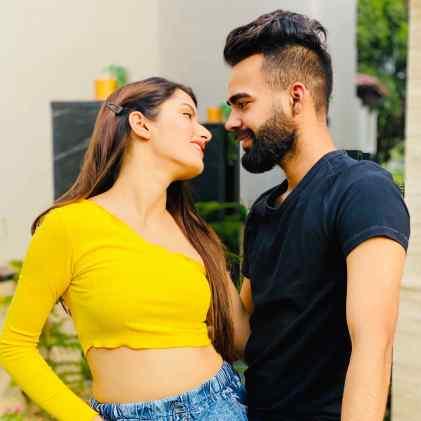 Neetu Bisht With Lakhan Arjun Rawat