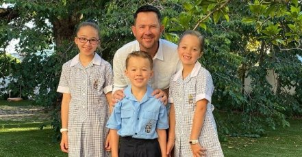 Ricky Ponting With His Children's
