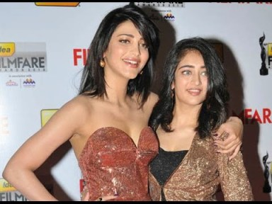 Shruti Hassan With Her Sister