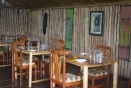 uwa hostels in bwindi
