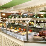 Restaurants - Country Club Buffet