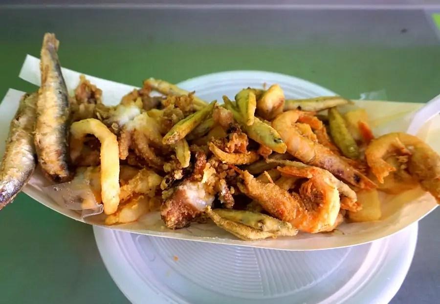 jedzenie we Włoszech, street food na Sycylii, street food we Włoszech, uliczne jedzenie, fritto misto