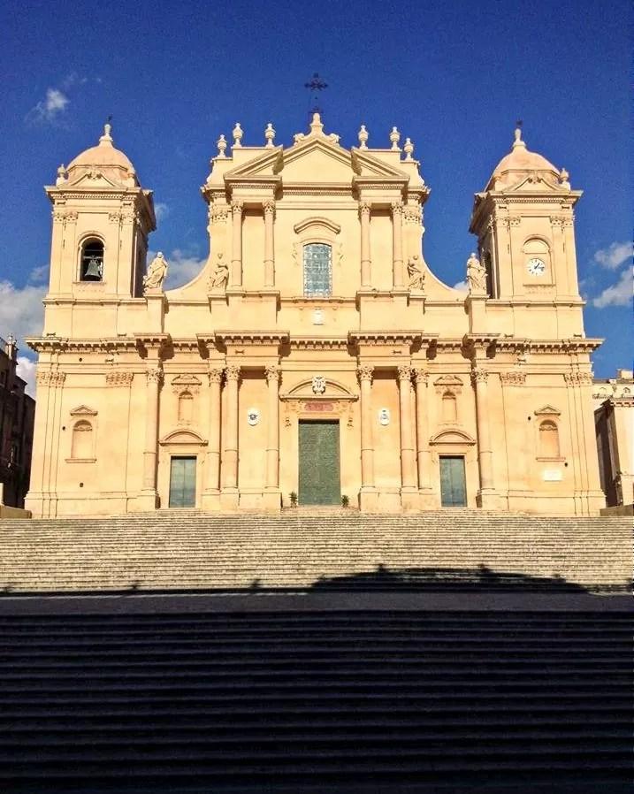 Sycylia co warto zobaczyć, co zobaczyć na Sycylii, Katania, Katania co warto zobaczyć, Noto, co zobaczyć w Noto, katedra w Noto