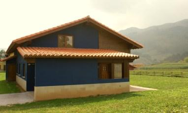 Exterior y entorno de la casa para 10 personas en Boquerizo