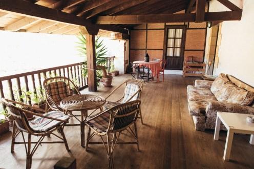 terraza en casa rural en Camijanes Cantabria