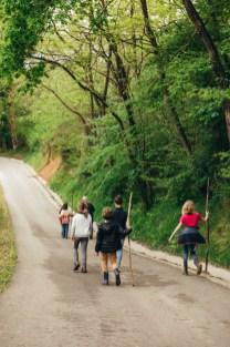 Camino hacia las casas