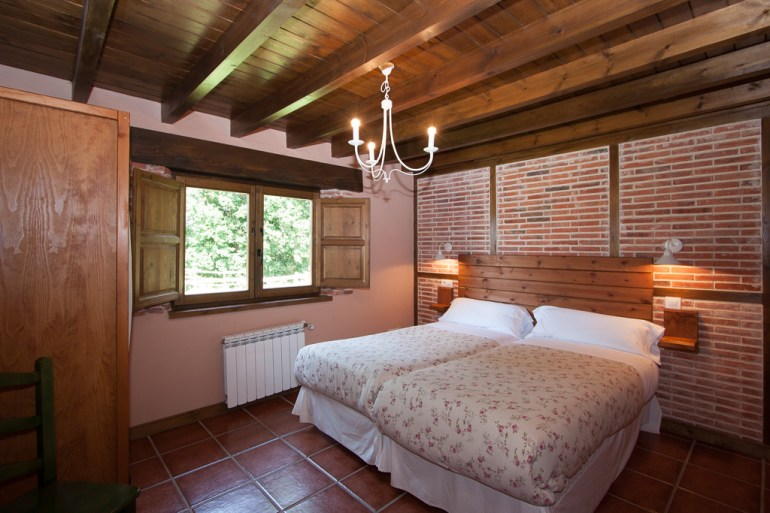 dormitorio-dos-camas-planta-superior-1-2