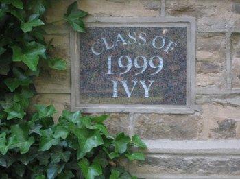 Class of 1999 ivy at Nassau Hall