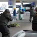 Ludilo ne prestaje – Izraelci upucali ženu na autobuskoj stanici (Video)